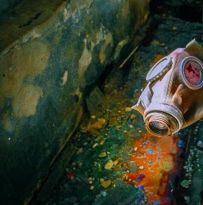 Gas_mask,_2009.07.17